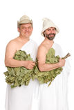 Счастливые люди с хворостинами дуба в купая костюмах стоковая фотография rf