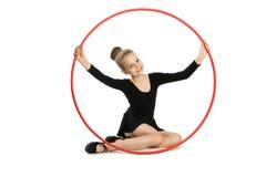 Счастливый гимнаст девушки с обручем Стоковое Изображение