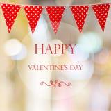 Счастливый день ` s валентинки над bokeh нерезкости и красная партия овсянки сигнализируют Стоковое Изображение RF