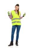 Счастливый женский работник физического труда Стоковое фото RF