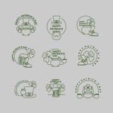 Счастливый комплект дня Патрика эмблем Шляпа лепрекона и кружка пива иллюстрация вектора