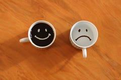 Счастливый кофе, унылый отсутствие кофе Стоковая Фотография RF