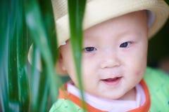 Счастливый крупный план стороны младенца Стоковая Фотография RF