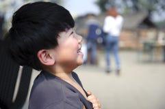Счастливый мальчик стоковое фото