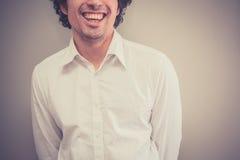 Счастливый молодой человек стоковая фотография
