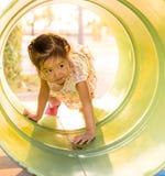 Счастливый ребенк, азиатский играть ребенка младенца Стоковое Изображение RF