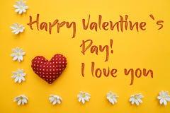 Счастливый текст дня ` s валентинки Стоковые Изображения RF