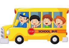 Счастливый шарж детей на школьном автобусе Стоковая Фотография RF