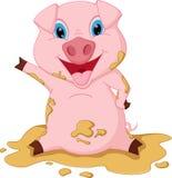Счастливый шарж свиньи играя в грязи Стоковые Фотографии RF