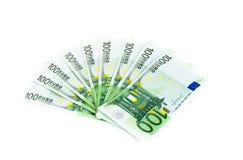 100 счетов евро изолированных на белой предпосылке Банкноты Стоковое Фото