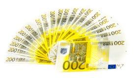 200 счетов евро изолированных на белой предпосылке Банкноты Стоковое Изображение RF