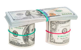 100 счетов доллара свернутых вверх с rubberband Стоковое фото RF