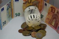 Счеты за отопление - цены топления стоковое изображение rf