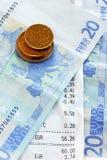 Счеты и деньги Стоковые Фото