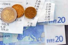 Счеты и деньги Стоковые Изображения RF