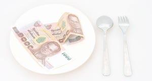 счет 1000 батов на блюде Стоковое Изображение RF