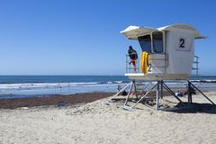 США - Пристань и личная охрана пляжа океана Калифорнии - Сан-Диего Стоковое Изображение