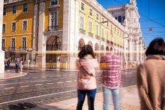 Съемка долгой выдержки Коммерция квадратное Praca делает Comercio в Li стоковые изображения