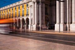 Съемка долгой выдержки Коммерция квадратное Praca делает Comercio в Li стоковое фото