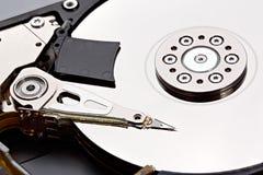 Съемка конца-вверх дисковода жесткого диска компьютера Стоковое Изображение