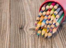 Съемка макроса заточенных красочных карандашей Стоковая Фотография RF