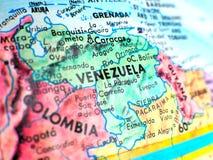 Съемка макроса фокуса Венесуэлы на карте глобуса для блогов перемещения, социальных средств массовой информации, знамен вебсайта  Стоковые Изображения