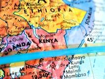 Съемка макроса фокуса Кении Африки на карте глобуса для блогов перемещения, социальных средств массовой информации, знамен вебсай Стоковое Изображение RF