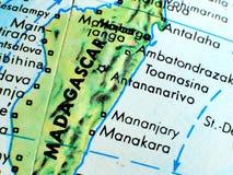 Съемка макроса фокуса Мадагаскара на карте глобуса для блогов перемещения, социальных средств массовой информации, знамен вебсайт Стоковое Фото