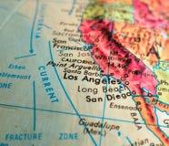 Съемка макроса фокуса южной Калифорнии на карте глобуса для блогов перемещения, социальных средств массовой информации, знамен се Стоковая Фотография