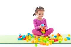 Игра маленькой девочки стоковая фотография