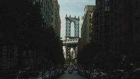 Съемка моста Манхаттана иконическая видеоматериал