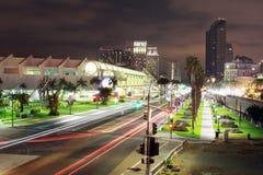Съемка ночи горизонта Сан-Диего стоковые фотографии rf