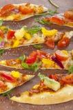 Съемка портрета камня испекла пиццу с ананасом Стоковая Фотография RF