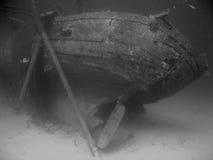 Съемка ретро стиля подводная sunked корабля рыбной ловли Стоковые Фото