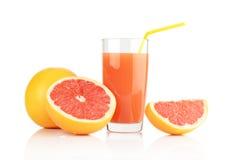 Съемка студии отрезала 3 грейпфрута с белизной изолированной соком Стоковое Изображение RF