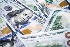 Съемки конца-вверх в объективе макроса немного 100 долларов банкноты Стоковая Фотография RF