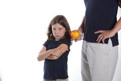съешьте девушку еды здоровую отказывает к Стоковые Фотографии RF
