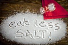 Съешьте концепция меньше †соли «медицинская Стоковое Изображение