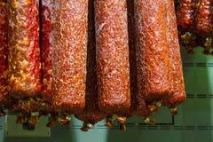 Сырая копченая сосиска стоковые фото