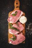 Сырое мясо, стейки свинины Стоковое Изображение