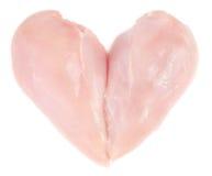 Сырцовое филе куриной грудки в изолированной форме сердца Стоковое Изображение RF