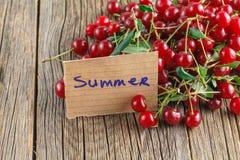 Сырцовые органические вишни Стоковые Изображения RF