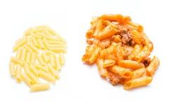Сырцовый и макарон bolognese Стоковые Изображения