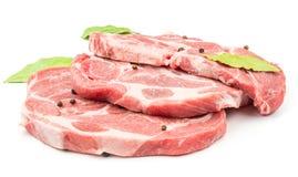 Сырцовый отрезок шеи свинины изолированный на белизне Стоковая Фотография