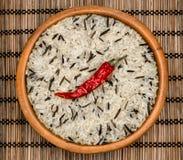 Сырцовый рис в шаре Стоковые Изображения RF