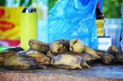 Сырцовый сваренный банан - Стоковое фото RF