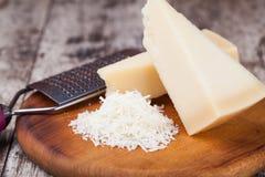 Сыр пармесан Стоковые Фото