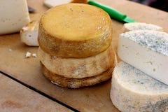 Сыр фермы естественный органический handmade белый Стоковая Фотография RF