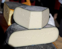 Сыр фермы естественный органический handmade белый Стоковые Фотографии RF
