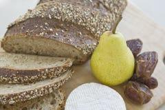 сыр хлеба датирует грушу Стоковое Фото